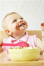 Bí quyết chăm trẻ biếng ăn