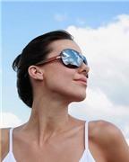 Cách bảo vệ đôi mắt bạn trong mùa hè