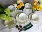 Cách cắm hoa nhỏ xinh trong tách trà