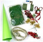 Cách làm cây thông Noel từ giấy nhám và rêu