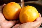 Cách làm đèn lồng Halloween từ quả cam