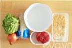 Cách làm xôi chiên cuốn xà lách bò ngon cho bữa sáng