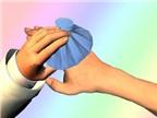 Cách sơ cứu khi trẻ bị dập ngón tay, ngón chân