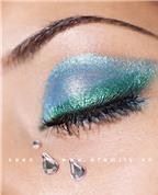 Cách trang điểm màu mắt xanh tuyệt đẹp cho đêm tiệc