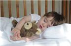 Cách trị 'bệnh ngủ nướng' của trẻ
