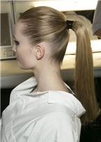 Các kiểu cột tóc đẹp, sang chảnh