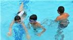 Giúp trẻ bơi lội an toàn