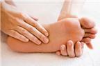 Hai chân bị tê bì nhất là ở lòng bàn chân và ngón chân là bệnh gì?