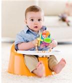 Làm sao để dạy một em bé tập ngồi
