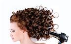 Làm sao để giữ nếp tóc xoăn?