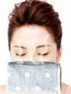 Làm sao để mát xa trị mụn đầu đen ở mũi?