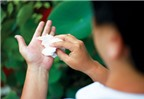 Mẹo chữa mồ hôi tay bằng bài thuốc dân gian