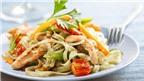 Món gà xào phở và rau củ ngon miệng dễ làm