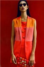 Thay đổi phong cách với váy áo gam màu nóng đón thu
