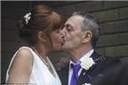 Tổ chức lại lễ cưới khi bị ung thư