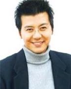 Son Ji Chang: 'Chỉ cần được vợ thương là tốt rồi'