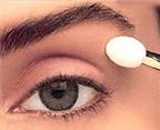 Trang điểm mắt mệt mỏi