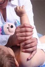 Massage giúp trẻ ngủ ngon hơn