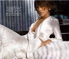 Jennifer Lopez sợ sảy thai