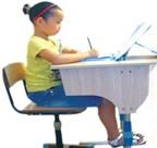 Giúp con ngồi học đúng tư thế