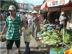 Hàng nông sản, thực phẩm không được bán dọc đường