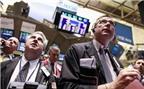 Dow Jones chinh phục thành công mốc 11.000 điểm
