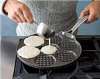 Chảo chiên bánh Pancake thật thơm ngon!