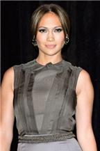 Jennifer Lopez hát 'Lambada' theo phong cách mới
