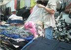 Quần áo sida: Dễ mua, dễ mặc, dễ… bệnh!