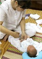 Chăm sóc rốn cho trẻ sơ sinh tại nhà