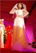 Hoàng Yến diện áo cưới độc đáo