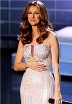 Celine Dion giảm cân nhanh chóng sau khi sinh