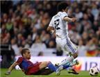 Alves tiết lộ bí mật đằng sau quả phạt đền dành cho Real