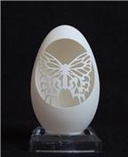 Nghệ thuật khắc vỏ trứng độc đáo
