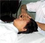 Day bấm huyệt chữa đau đầu