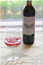 Làm đẹp từ hỗn hợp rượu vang đỏ và sữa chua