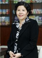 Nữ doanh nhân gắn với định mệnh sữa
