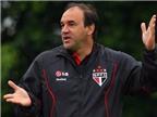 Cựu đội trưởng Brazil đột quỵ trên băng ghế huấn luyện