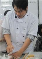 Cách làm bánh trung thu nhân mè đen trứng muối