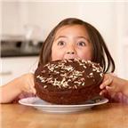 Không nên cho trẻ dưới 3 tuổi ăn chocolate