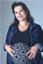 Lớn tuổi mới có thai cần phòng ngừa Down cho thai nhi