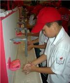 Lười rửa tay, người lớn thành trung gian truyền bệnh