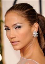 Bí quyết trẻ mãi của Jennifer Lopez