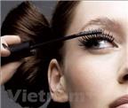 Ba phương pháp giúp bạn chải mascara không bị lem