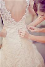 Trị mụn vùng lưng cho cô dâu