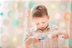 Giúp con bạn yêu thích việc đánh răng