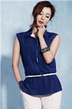 Cách phối gam màu trơn của Kim Hee Sun