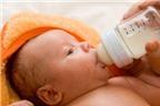 Cách nuôi trẻ khi mẹ mất sữa