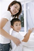 Giữ đôi bàn tay sạch sẽ, giúp trẻ phòng bệnh