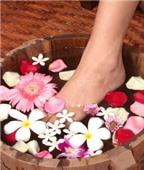 Chăm sóc đôi chân mềm mại trong mùa hanh khô